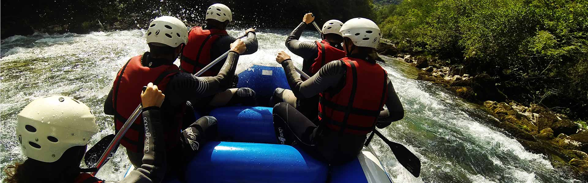 "<h3 style=""color: #ffffff;"">Rafting expirience</h3> <p>Emotional expirience trough Tara's rapids</p>"